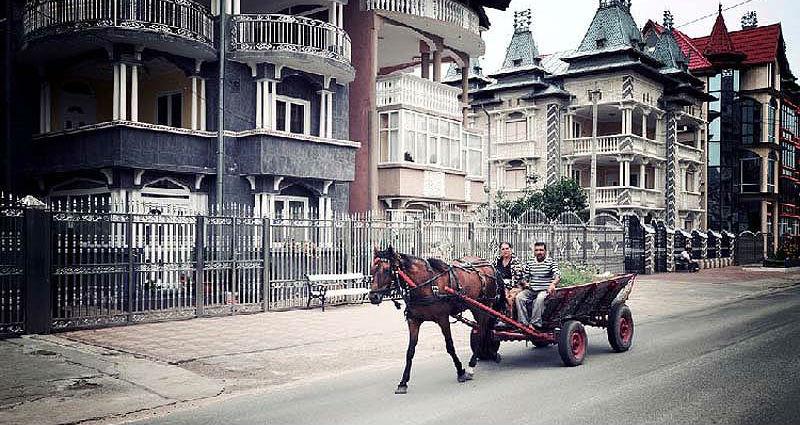 Бузеску – столица цыган-миллионеров