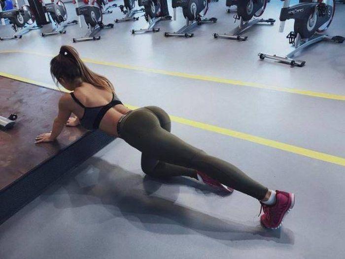 Восхитительные девушки, которые любят спорт (33 фото)
