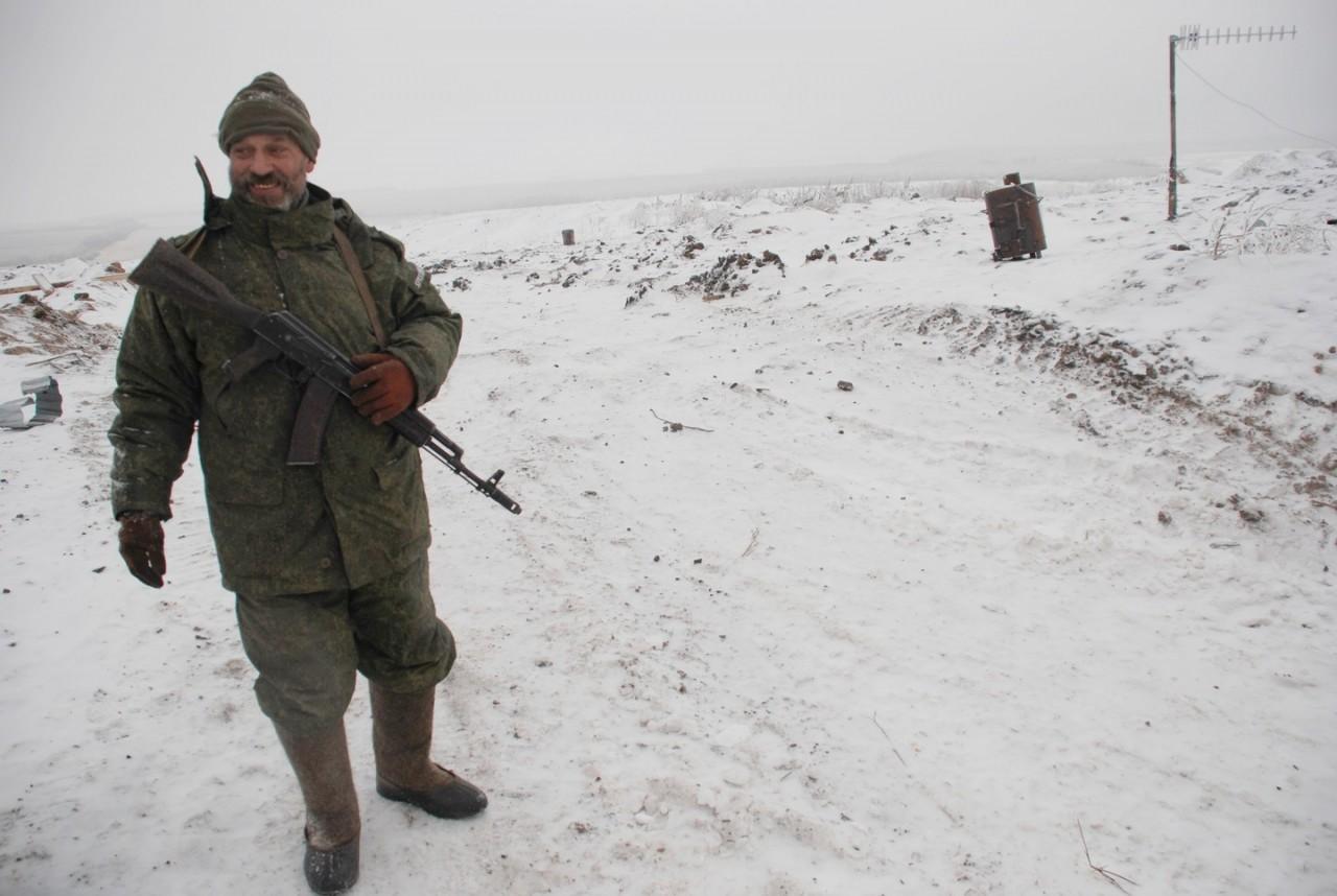 Порошенко заявил, что ополчение Донбасса вооружено лучше, чем немецкая армия