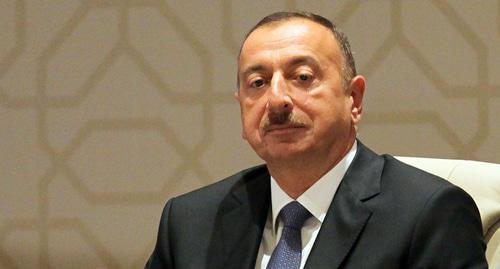 Алиев убежден— экономика Азербайджана идет напоправку