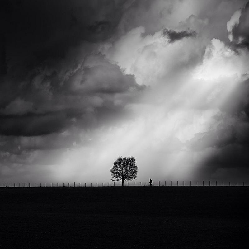 Чёрно-белые пейзажи, уходящие за пределы реальности. Фотограф Джордж Дигалакис 6