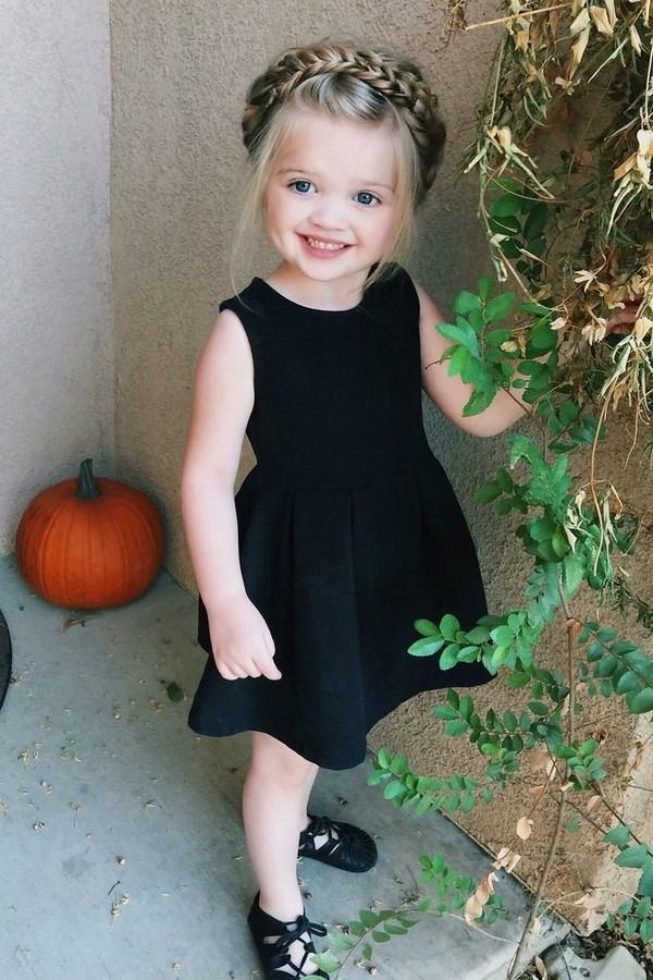 Лучшие праздничные и повседневные прически для девочек 2019-2020 в садик и школу – фото-идеи