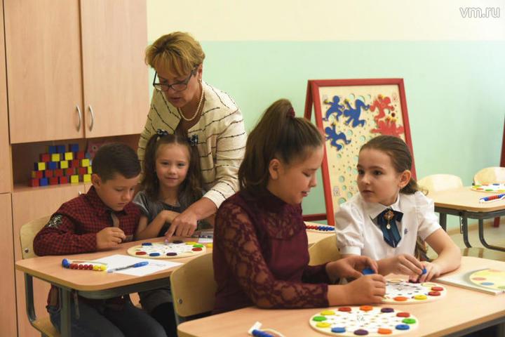 Запись столичных детей в пер…