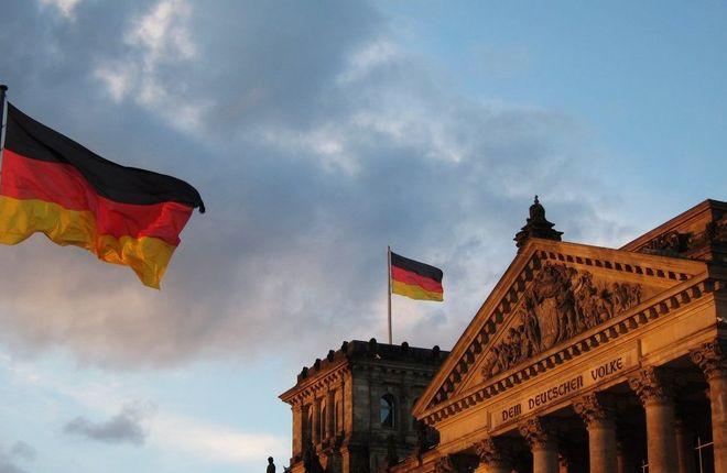 Германия не стала единой страной по вине властей ФРГ