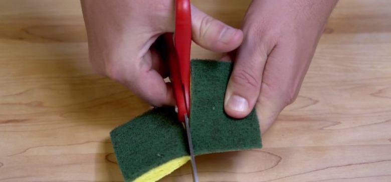 Как использовать магниты, чтобы очистить посуду на кухне