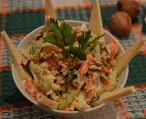 Салат морковный с сыром