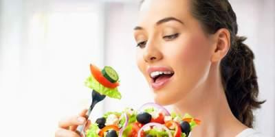 Что можно, а что нельзя делать сразу после еды.