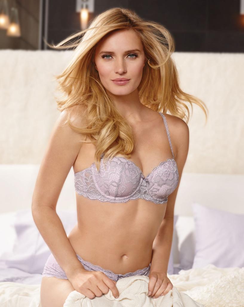 Чудесная блондинка Эрика Редлинг