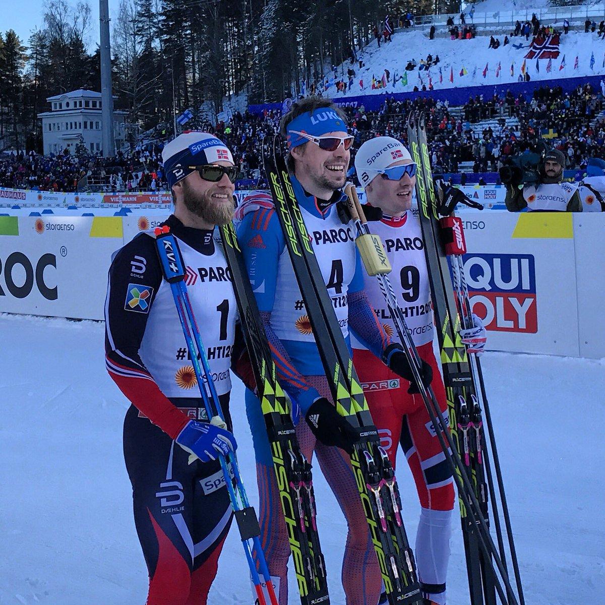 Россиянин Устюгов стал чемпионом мира по лыжным гонкам в скиатлоне