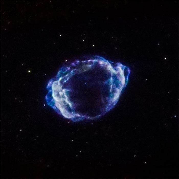Взрывающиеся звезды принесли больше звездной пыли, чем предполагалось