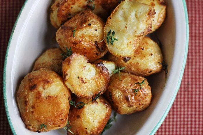 Невероятный кремовый запеченный картофель в духовке!