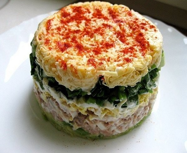 Легкий, пикантный салат «Водолей» — отлично подойдет для праздничного стола!