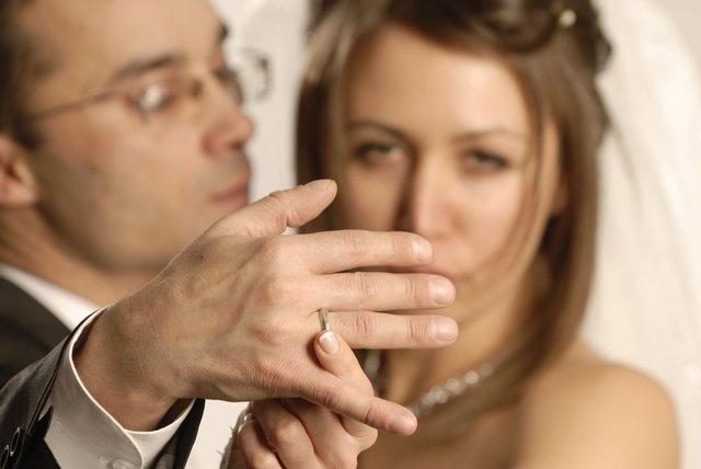 Как сделать так чтобы женатый мужчина влюбился - ЛЕГИОН