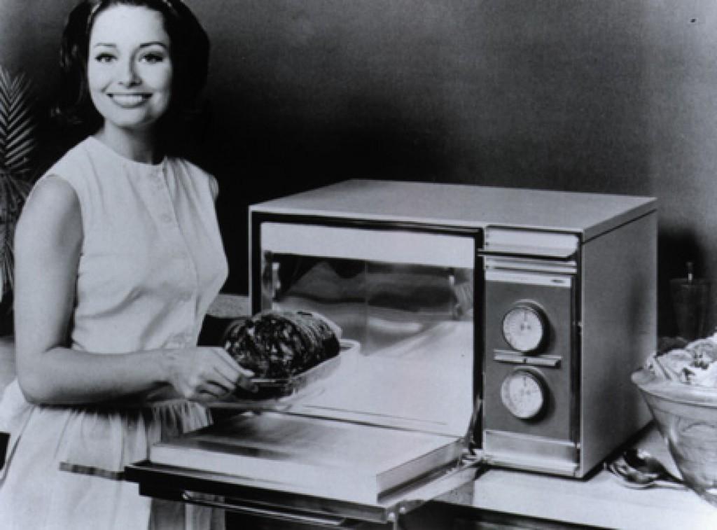 Почему в СССР были запрещены микроволновые печи?