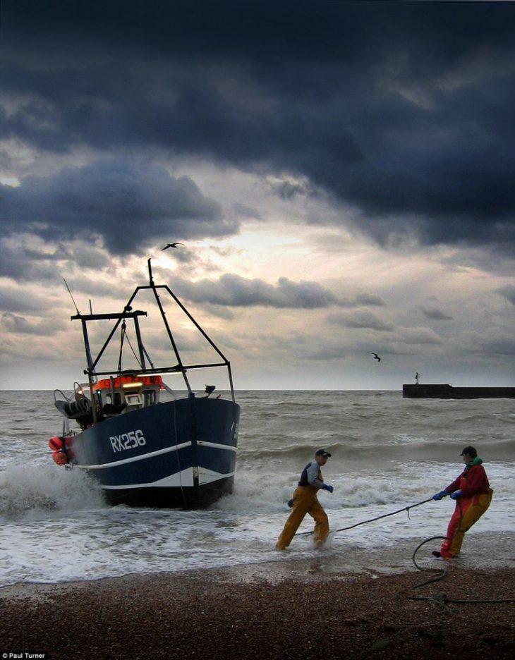 Неспешная жизнь маленьких прибрежных городков Англии в красочных фото