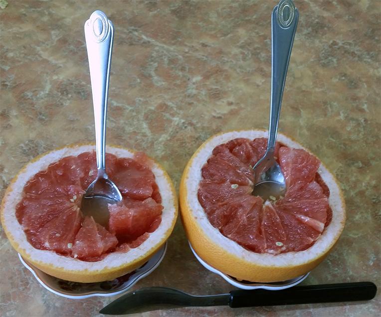 Удивительно простой десерт из грейпфрута за пять минут!