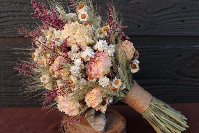 Экибана из сухоцветов