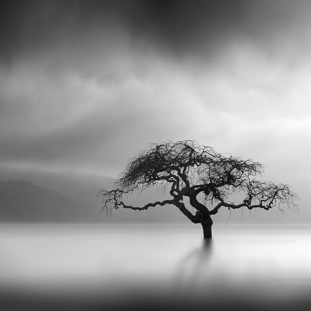 Чёрно-белые пейзажи, уходящие за пределы реальности. Фотограф Джордж Дигалакис 20