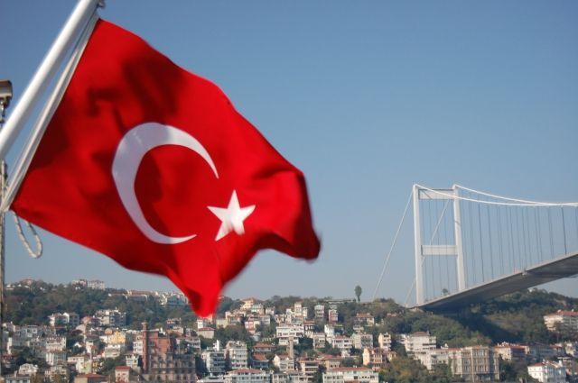При землетрясении в Турции пострадали 13 человек