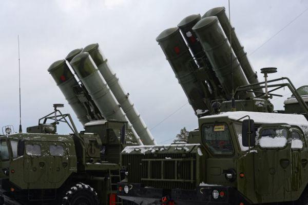 Комплекс С-400 надежно защитит воздушное пространство над Беломорской базой Северного флота
