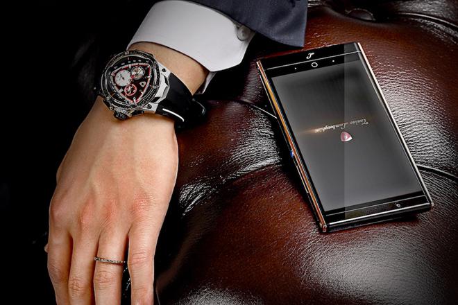 Lamborghini выпустили смартфон из жидкого металла
