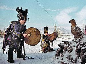 Секрет шамана- заставить больного поверить в излечение.