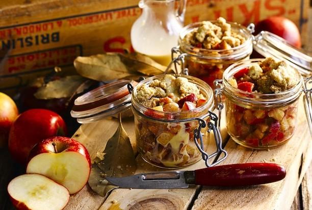 Оригинальный яблочный десерт с корицей