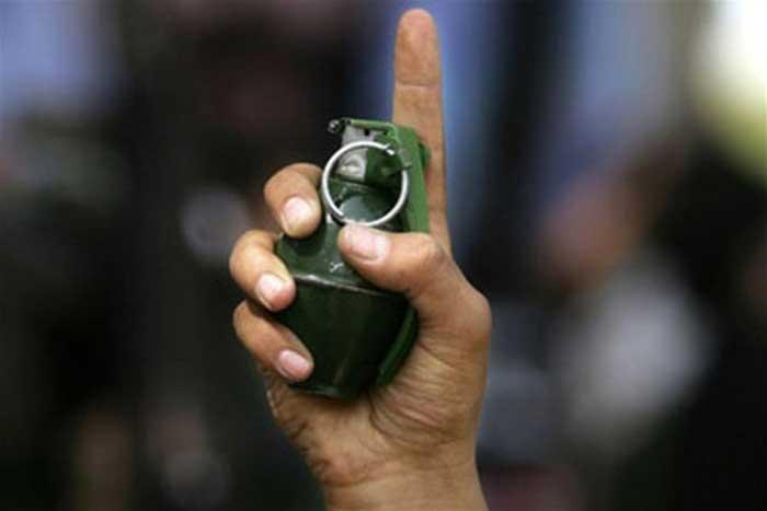 """""""Маленький мальчик гранату нашел..."""": Власти Дагестана назвали случайным взрыв в школе"""