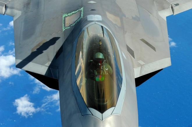 5 самых опасных стелс-самолетов мира