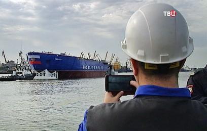 """Госиспытания ледокола """"Сибирь"""" начнутся через два года"""