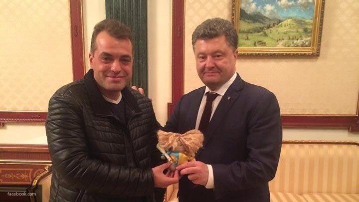 Советник Порошенко назвал «гигантской толпой идиотов» всех недовольных киевскими властями