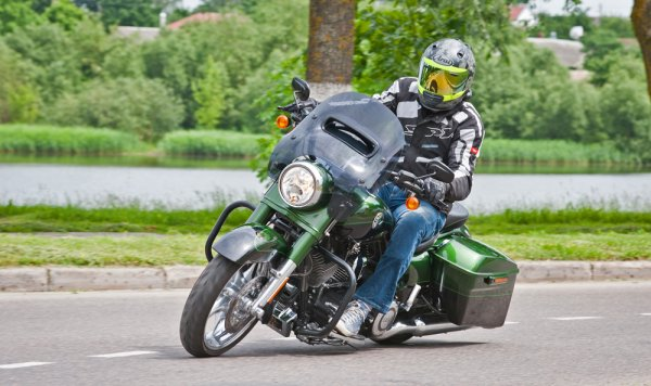 UberHarley — Harley-Davidson FLHRSE5 CVO Road King - Фото 6