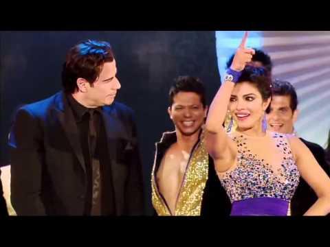 Джон Траволта отжег под индийский танец! Это нужно видеть!