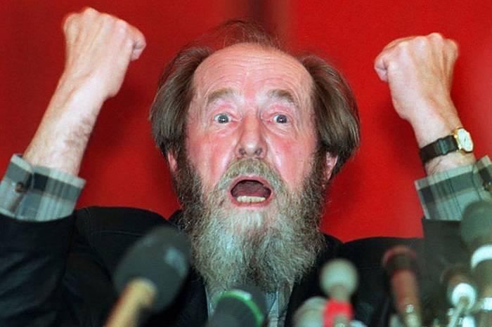 Наследие СССР или Солженицына: ложь оппозиции или самоубийство власти?