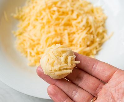 Макаем в сыр