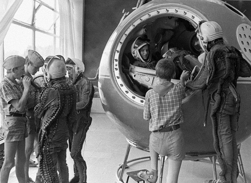 Не соскучишься: кружки и секции советских детей