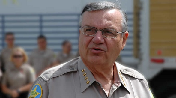 Первым помилованным президентом Трампом стал шериф изАризоны