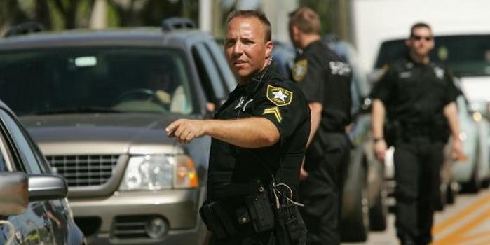 Полиция Флориды убила грозившую покончить с собой женщину