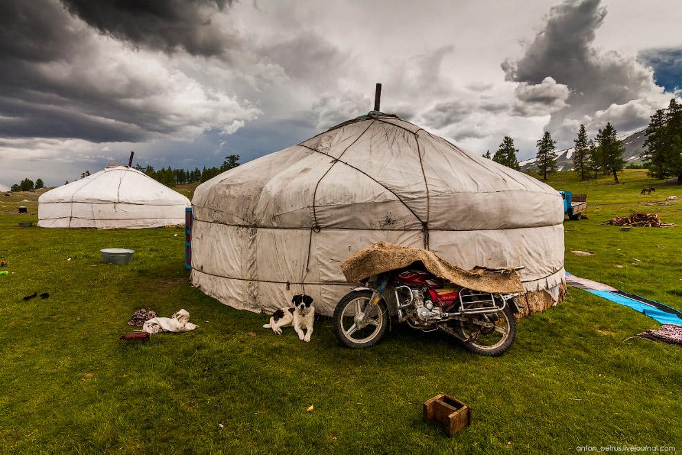 Красивейшее озеро Монголии