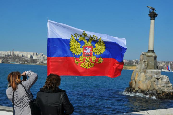 Россия: около 80% россиян назвали полезным присоединение Крыма