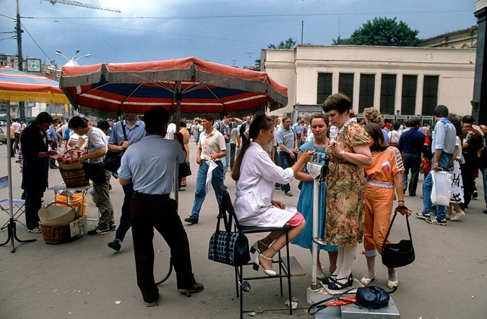 На излёте социализма: Москва 1980-х на фотографиях польского фоторепортёра