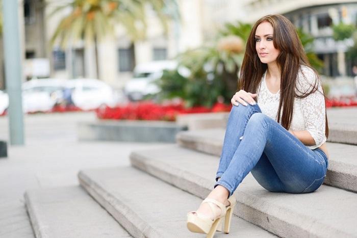 Подборка актуальных моделей джинсов