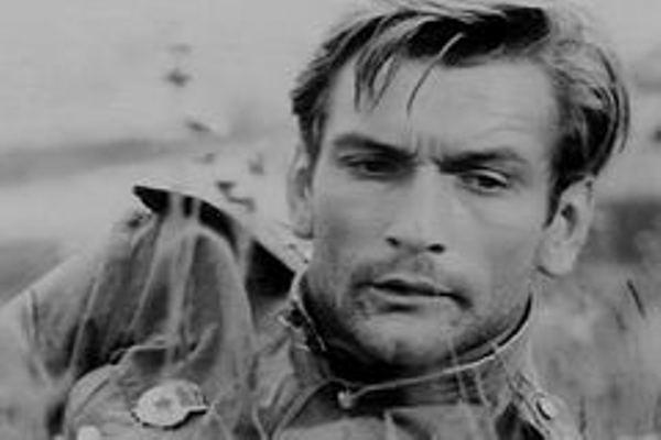 Помните этого летчика с «поющей» эскадрильи? Смотрите, как выглядит актер Владимир Талашко