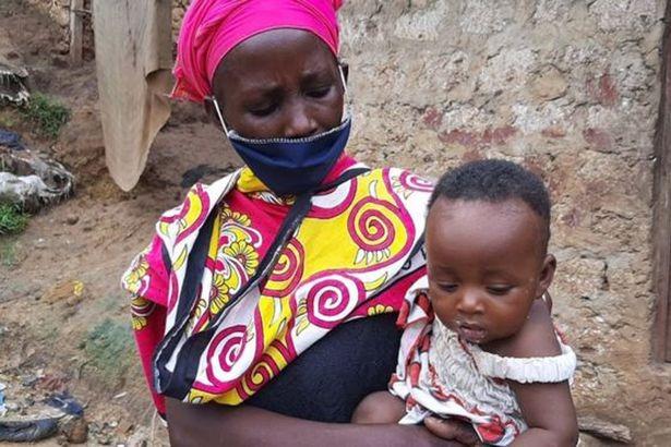 Авыеще жалуетесь нажизнь? Вдова кормила восьмерых детей супом изкамней из-за крайней бедности