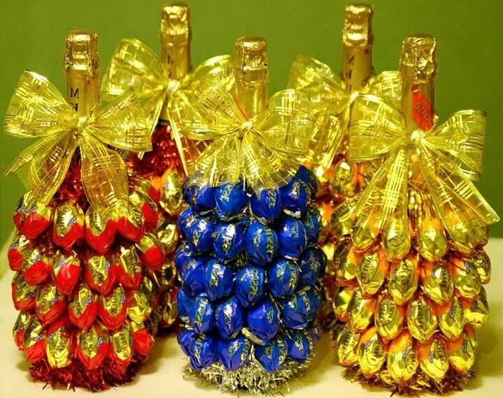 бутылки с конфетами