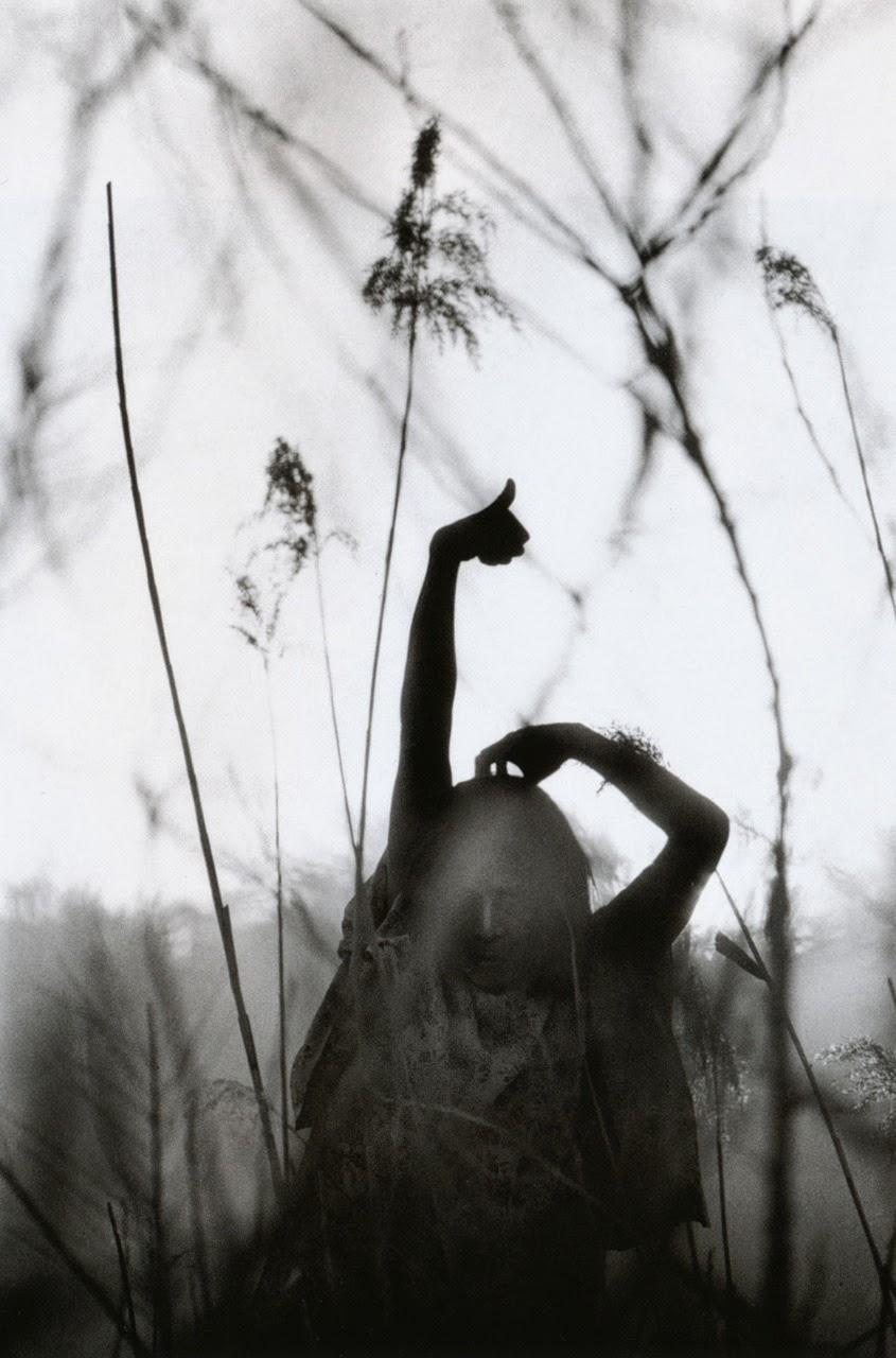 Сюрреалистичные и поразительно откровенные фотографии японского мастера Эйко Хосоэ