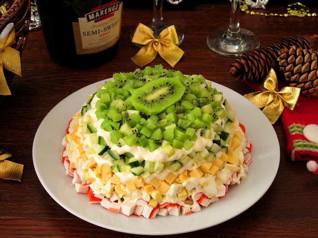 Рецепты салатов на Новогодний стол. На любой вкус!