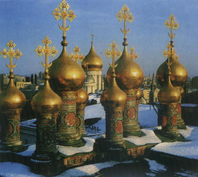 Солярно-лунная символика в облике русского храма