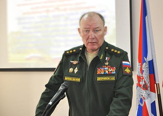 Командующий войсками ЮВО проверил боеготовность российской базы вАрмении