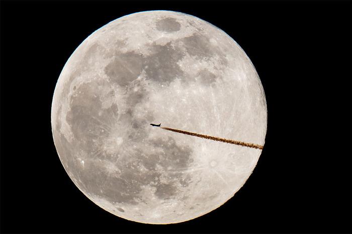 Луна становится все меньше